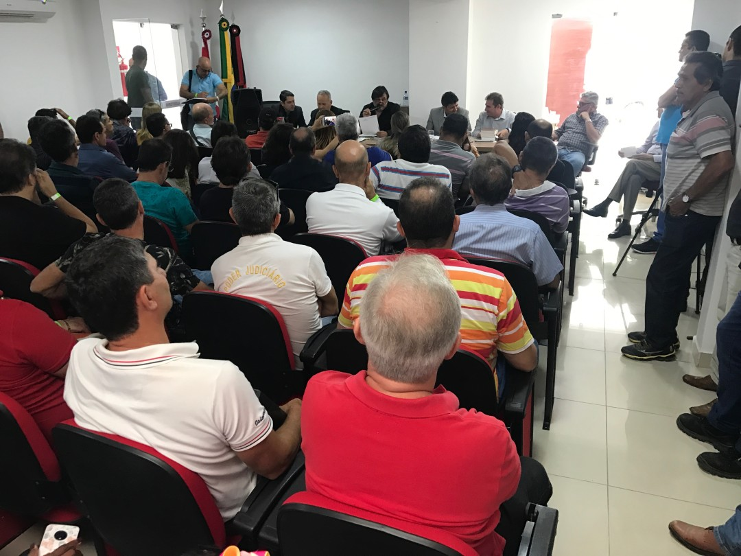 Sindojus-PB reúne mais de 100 filiados em Assembleia